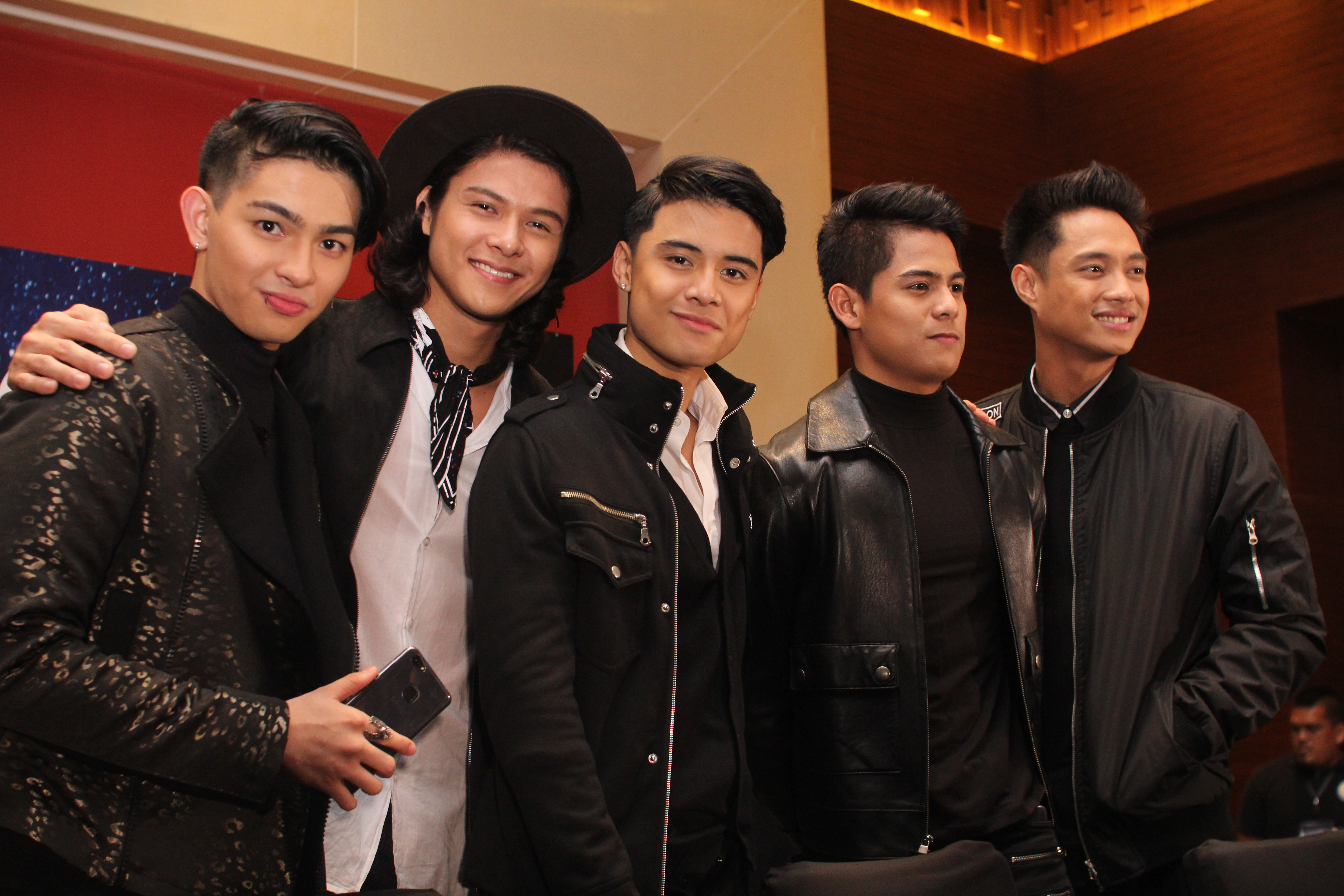 Can you Handle the BoyBandPH or the New Vivo V7 as they take over Bacolod?